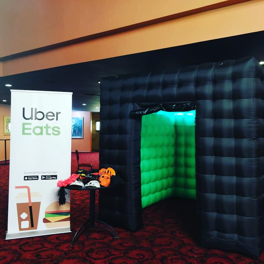 Corporate green screen inflatable