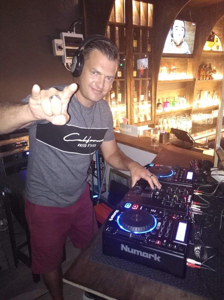 DJ-Savage-1